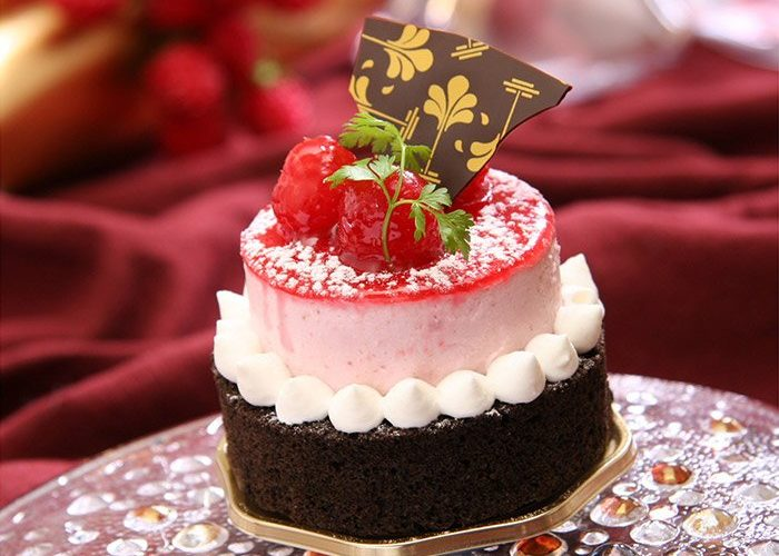Raspberry Cake   France Confectionery   France   Europe